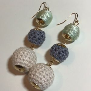 Beautiful 3 balls earrings new